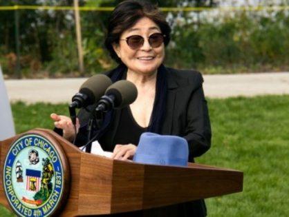 Yoko Ono llega a Ecuador