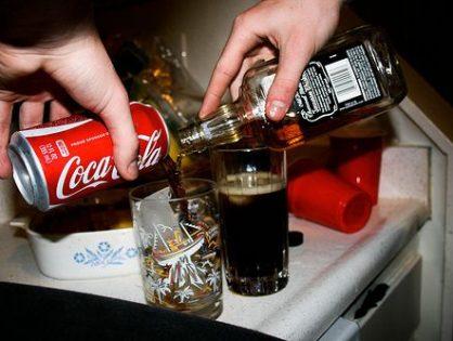 Coca cola experimenta con bebidas alcohólicas